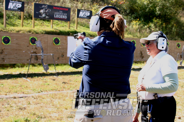 Ladies-for-Liberty-instructor-firing-range